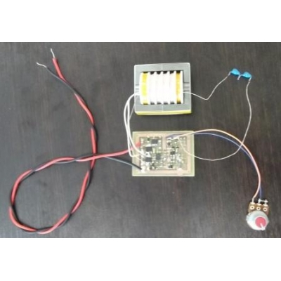 Adjustable High-Efficiency High-Voltage Compact AC generator module